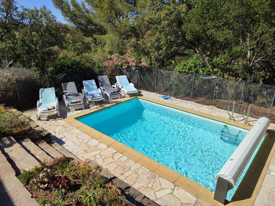 Location vacances Villa avec piscine BORMES LES MIMOSAS
