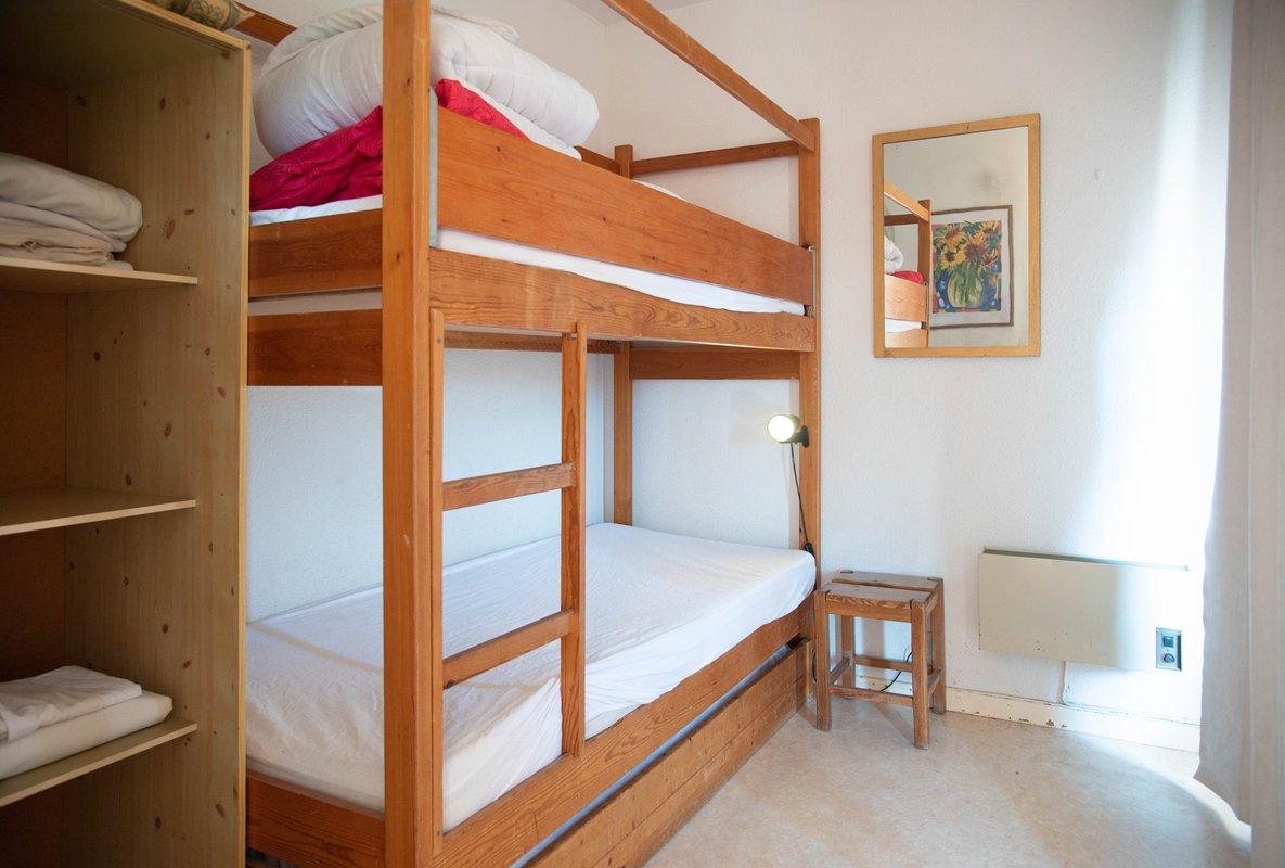 Location appartement T2 residence avec piscine bormes les mimosas quartier de la favière.