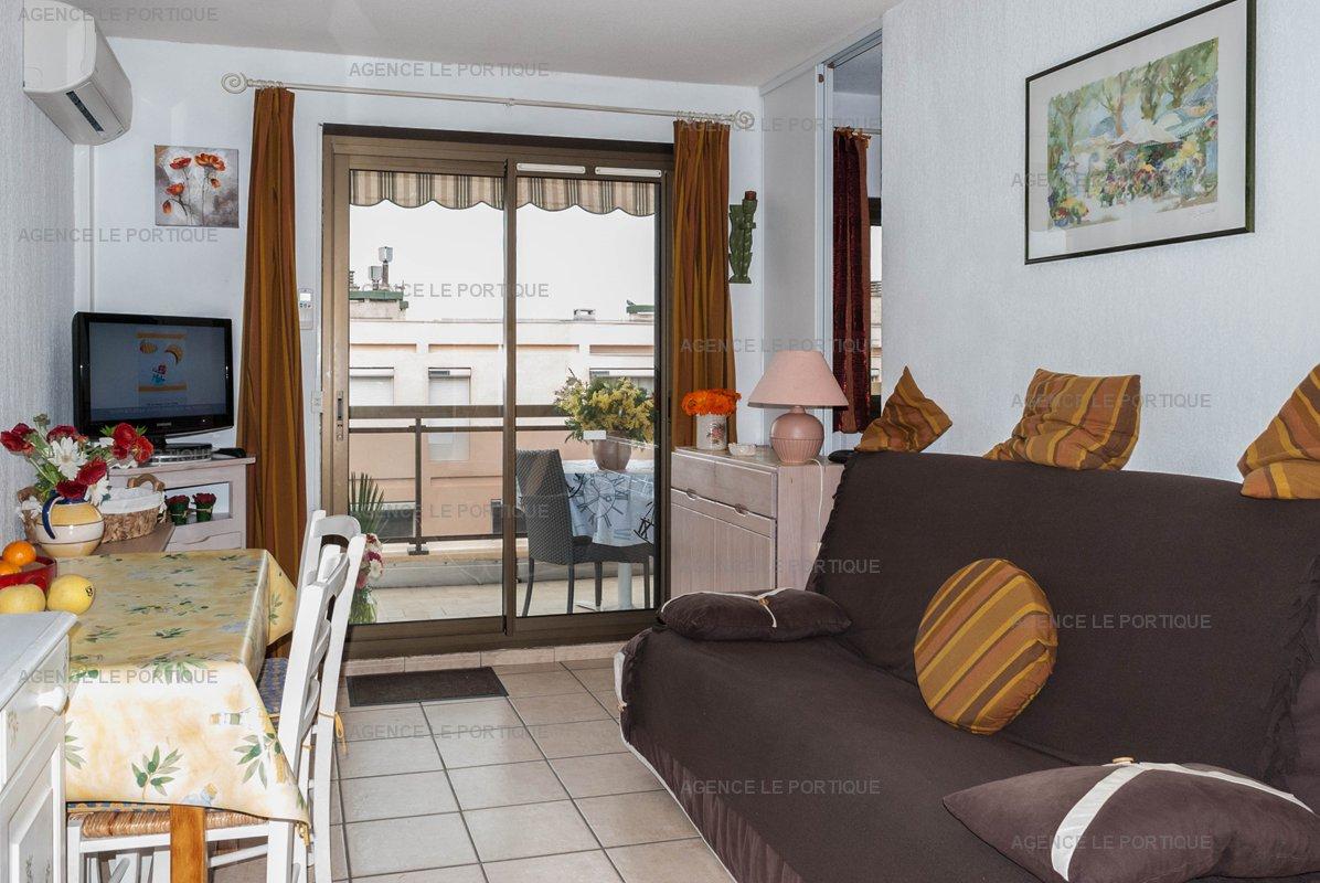 Location appartement deux pièces, centre ville pour 4 couchages.
