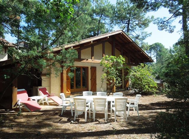 holiday rental villa for 9 in Seignosse(40)