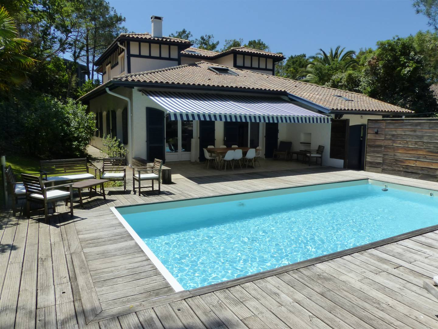 holiday rental villa for 12 in Hossegor(40) with pool